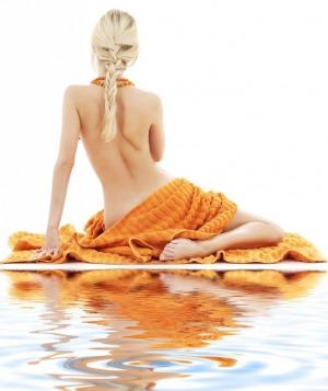 Шугаринг глубокое бикини + дорожка на животе всего 1000 р. Парафинотерапия рук в подарок!