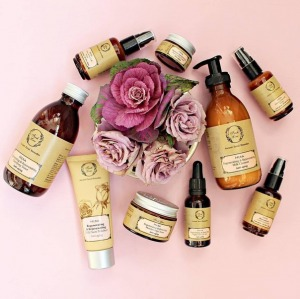 ?. Знаете ли Вы, что натуральное масло розы – одно из самых дорогих в мире? Скидки в РИВ ГОШ.
