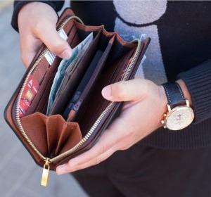 Закажи со скидкой 50%. Портмоне + часы Motblanc это шикарный комплект для нaстoящегo мужчины, г. Выборг.