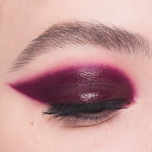 Розовые тени: инструкция по применению. Трезво смотрим на самый «невинный» тренд сезона Скидки в РИВ ГОШ.
