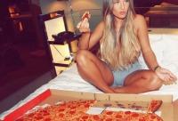 Купи целую пиццу, и вторую сможешь приобрести со скидкой 50% - гранд пицца киреевск.
