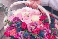 А у нас до 20 числа на все заказы ко дню мамы 10% скидка. Настя качает руки с утра пораньше - Elgreen. Доставка цветов, г. Санкт-петербург. Большая скидка покупателю.