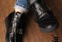 Нами предоставляется скидка 40%. Ограниченно количеством размеров - женская одежда и обувь, г. Санкт-петербург. Получите скидку покупателям.
