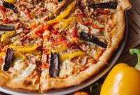 Сегодня и каждый понедельник действует скидка 30% на пиццу из дровяной печи. 8 Сегодня скидки.