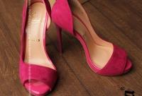 Большая скидка 40%. Ограниченно количеством размеров - женская одежда и обувь, г. Санкт-петербург. Мы предоставим скидку.