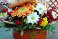 Добро пожаловать в наши студии за цветами и декором не забудьте пароль на скидку. . Скоро праздник всех Татьян, г. полярные зори. У нас много скидок.
