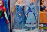 Самое время начать готовить новогодние подарки - Disney Store игрушки и одежда из США, г. Москва.