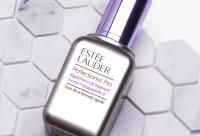 Est?. e Lauder стал первым брендом в индустрии красоты, который применил знания в области системной биологии, исследовав механизмы кожи, ответственные за появление видимых признаков возрастных изменений и потерю эластичности. Скидки в РИВ ГОШ.