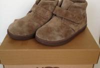 """Внутри овчинка, пятка жёсткая не валенки - детская брендовая обувь """"Baby Подиум"""", г. Санкт-петербург."""