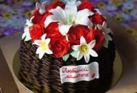 При заказе любого торта скидка 10% на тематический Candy bar. Праздничные тортики любого дизайна - Penka, кофейня - кондитерская, г. Чебоксары. Новые скидки сегодня.