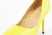 У нас большая скидка 33%. Мы предоставляем нашим клиентам скидки на одежду и обувь, г. Москва.