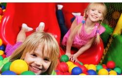 ИГРОвое настроение от развлекательного центра «Джунгли зовут»! СКИДКА 50% на посещение детского лабиринта и манежа