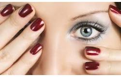 50% скидка на маникюр, педикюр, покрытие ногтей гель-лаком Shellak в студии красоты Пудра.