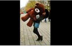 Самый популярный плюшевый медведь Нестор (карамельный или коричневый) ростом 1.6 м со скидкой 50%! Бесплатная доставка по СПб!