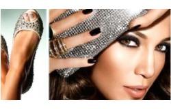 Европейский маникюр, педикюр, покрытие ногтей Shellac CND или Gelish Harmony на выбор в студии красоты Lakky.