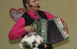 Тамада баянист, поющий ведущий гармонист на свадьбу, новый год, выпускной, юбилей,